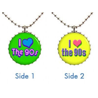"Collier : ""I love the 90's"" à deux faces (vert et jaune)"