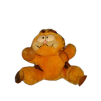 "Peluche Vintage : Garfield avec badge ""Attack cat"""